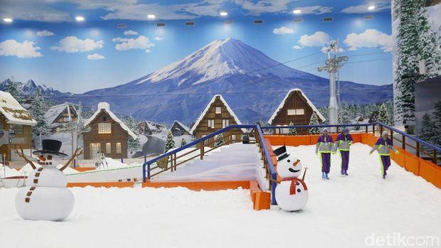 Transpark Mall Bintaro, Mal Nuansa Jepang dengan Wahana Salju