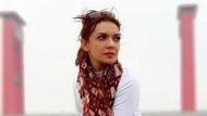 Najwa Shihab Bawa Kertas Bertuliskan Tolong Saya, Ada Apa Sebenarnya?