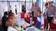Tes Kesehatan di Terminal Caruban, Beberapa Sopir Bus Sakit Ini