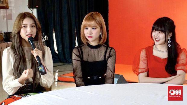 Sowon, Eunha dan Yerin GFriend