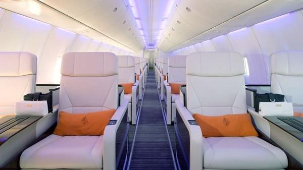 Pada 2015, jaringan hotel kelas atas Kanada meluncurkan pesawat pesiar sendiri. Boeing 757 yang akan melayani wisatwan kelas atasnya (Foto: CNN)