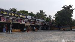 Pedagang di Pantai Anyer Bersedih, Pulang Bawa Uang Rp 2 Ribu