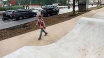 Kece! Ada Skate Park Mini di Kolong JLNT Casablanca