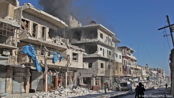 60.000 Warga Sipil Terpaksa Mengungsi Karena Perang di Idlib Suriah (Getty Images/AFP/A. Ketaz)
