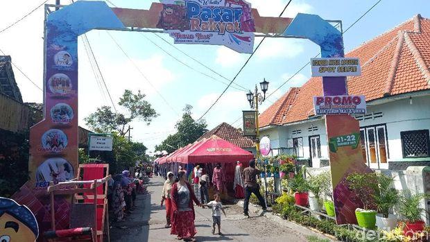 Kampung Tenun Ikat di Kediri/