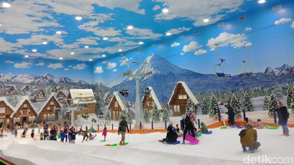 Harga Tiket Turun, Intip Keseruan Wahana Trans Snow World Bintaro