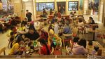 Melihat Suasana di Transpark Mall Bintaro yang Ramai Pengunjung