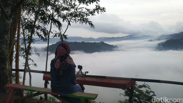 Panorama Negeri di Atas Awan tak berada di gunung. Letaknya di Desa Situmandala, Kecamatan Rancah, Kabupaten Ciamis, Jawa Barat (Foto: Dadang Hermansyah/detikcom)