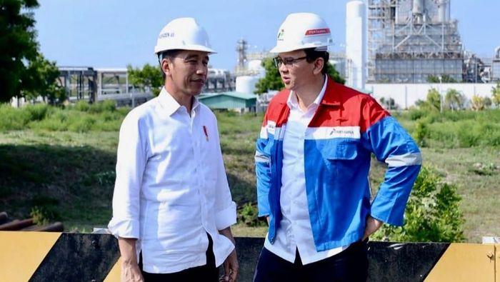 Jokowi dan Ahok saat tinjau kilang minyak di Tuban Jatim (Dok. Instagram Basuki Tjahaja Purnama)