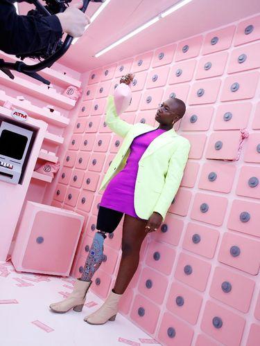 Model difabel & aktivis fashion inklusif Mama Cax meninggal dunia