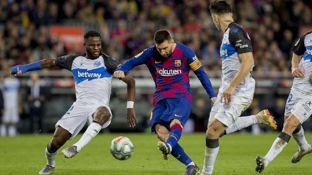 Lionel Messi belum menunjukkan tanda-tanda melambat di usia 32 tahun.