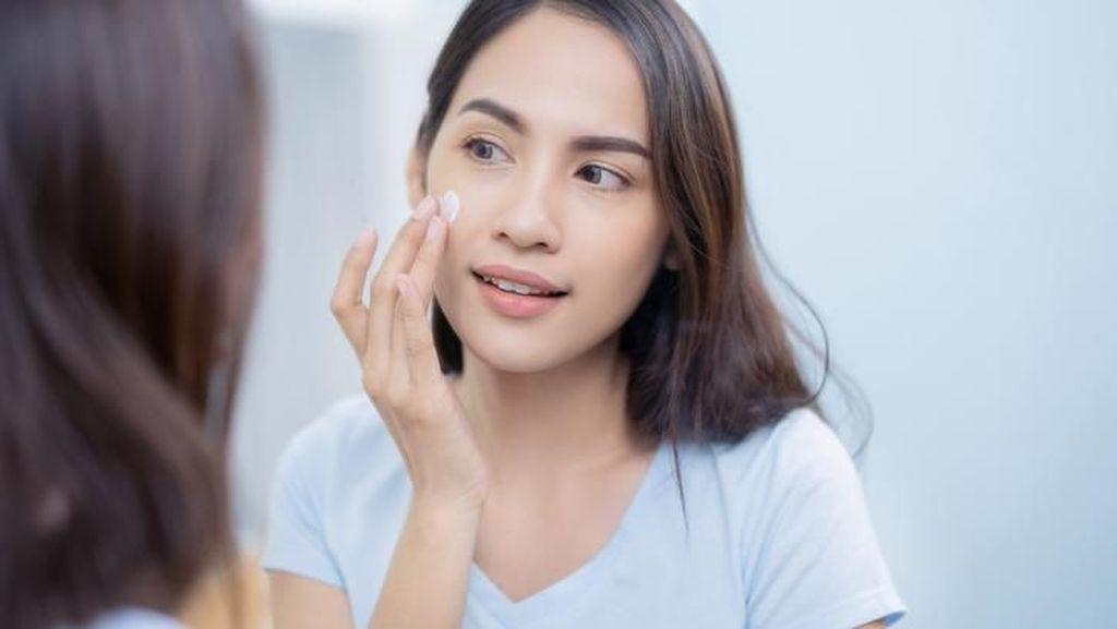 7 Sunscreen untuk Kulit Berminyak yang Cocok Buat Kamu