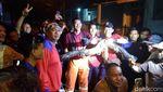 Penampakan Ular Piton 4 Meter yang Bikin Geger di Pamulang