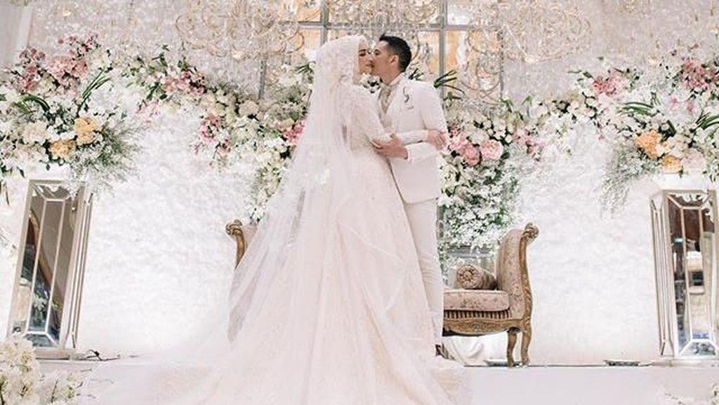 7 Inspirasi Gaun Pengantin Artis Indonesia yang Menikah di 2019