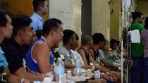 8 Orang Tewas-Ratusan Dilarikan ke RS Usai Minum Coconut Wine di Filipina