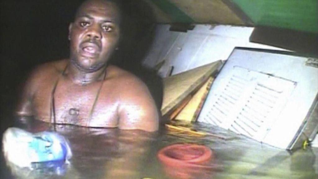 Hanya Minum Soda, Tukang Masak Ini Bertahan Hidup 3 Hari di Kapal Tenggelam
