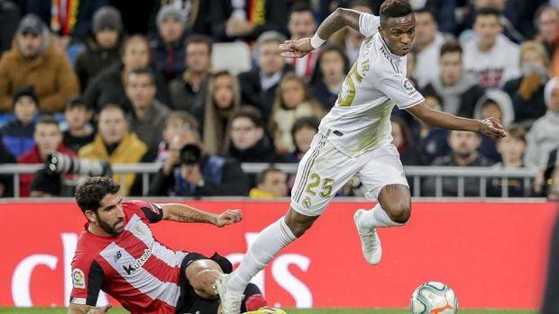 Vinicius Jr nyaris mencetak gol di babak pertama.