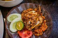Resep ayam geprek sambal bawang.