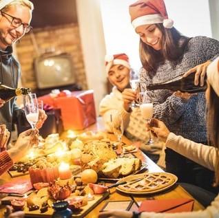 5 Trik Makan Enak Saat Natal Tanpa Tambah Berat Badan