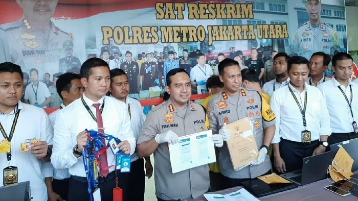 Fintech Ilegal Di Jakut Dibongkar Polisi Bos Debt Collector Ditangkap