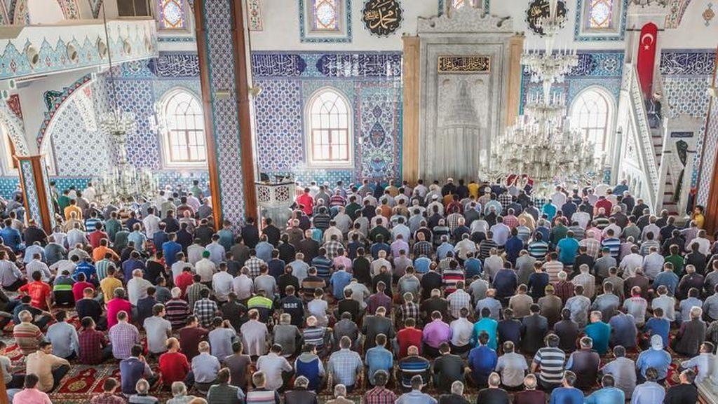 Doa Penutup Majelis Lengkap Beserta Artinya