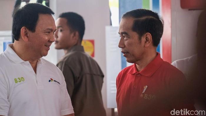 Ahok dampingi Jokowi saat meresmikan implementasi B30 (Andhika/detikcom)
