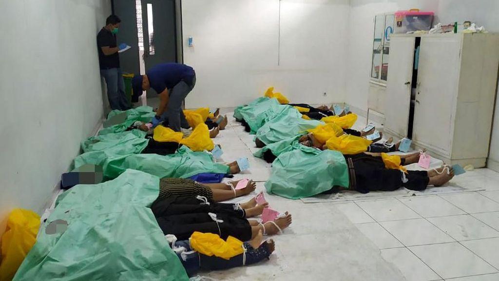 Potret Evakuasi 24 Korban Tewas Bus Masuk Jurang di Pagar Alam