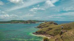 Tengok Cantiknya Lombok dari Puncak Bukit Merese