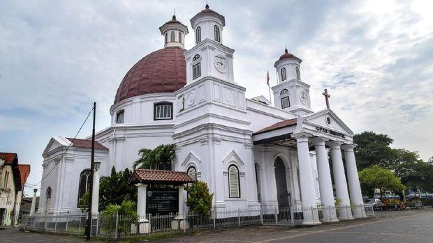 8 Gereja Bersejarah dengan Arsitektur Unik di Indonesia