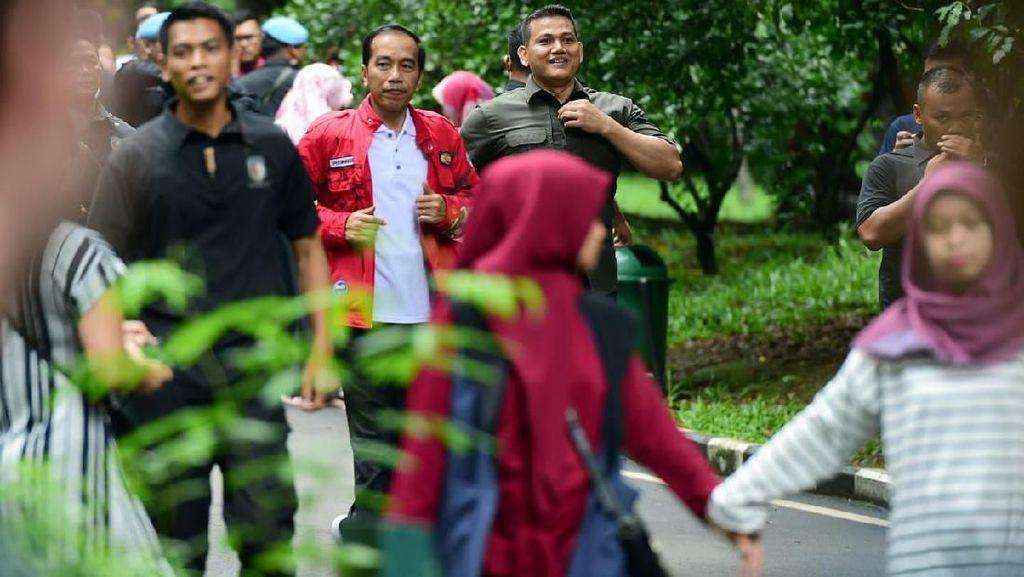 Libur Natal, Jokowi Joging di Kebun Raya Bogor