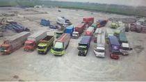 20 Truk Ditahan di Tol Jakarta-Cikampek karena Langgar Jam Operasional