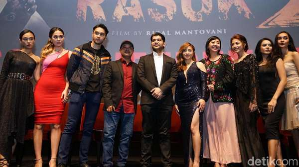 Raquel Katie Larkin si Mahmud Abbas