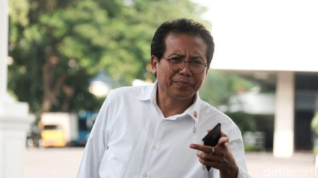 Jubir Presiden Fadjroel Rachman.