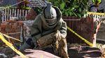 Detik-detik Polisi Jinakkan Bom Rakitan di Aceh
