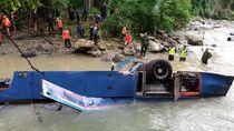 Bangkai Bus Sriwijaya Mulai Dievakuasi