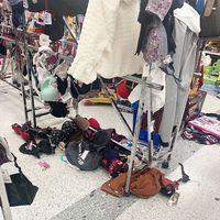 Viral Foto Kekacauan di Toko Setelah Pesta Diskon Akhir Tahun