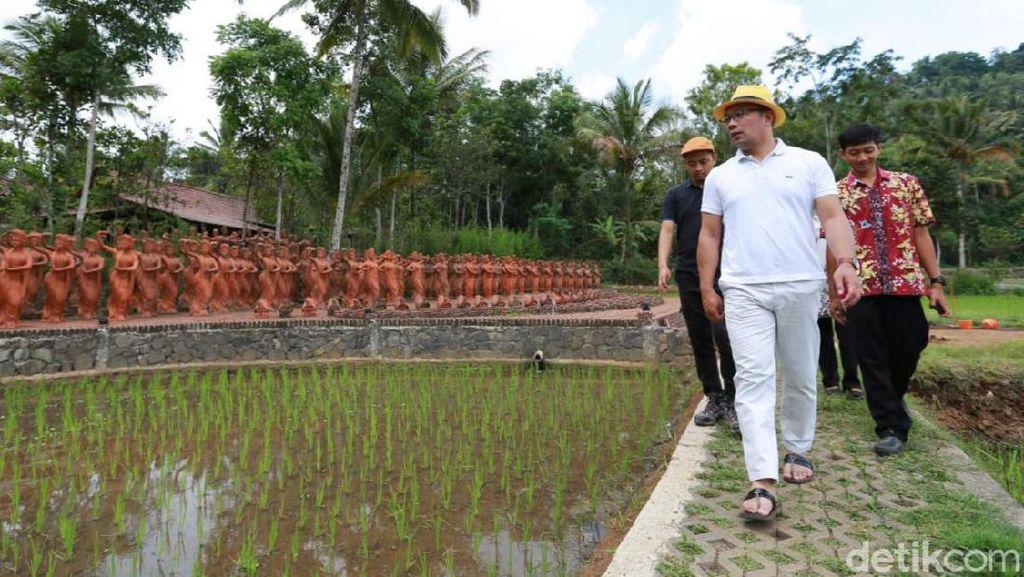 Pelesir ke Taman Gandrung Terakota Banyuwangi, Ridwan Kamil: Keren