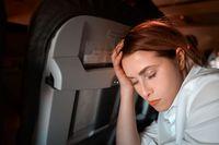 Masalah di Pesawat: Menurunkan Sandaran Kursi