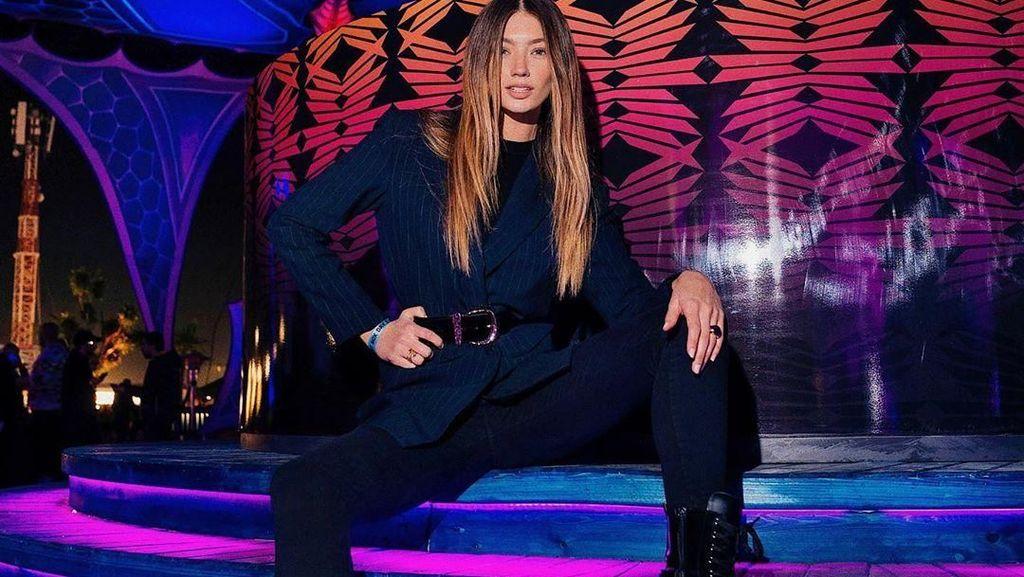 Model dan Selebgram Jadi Kontroversi Karena Promosikan Festival Musik Arab