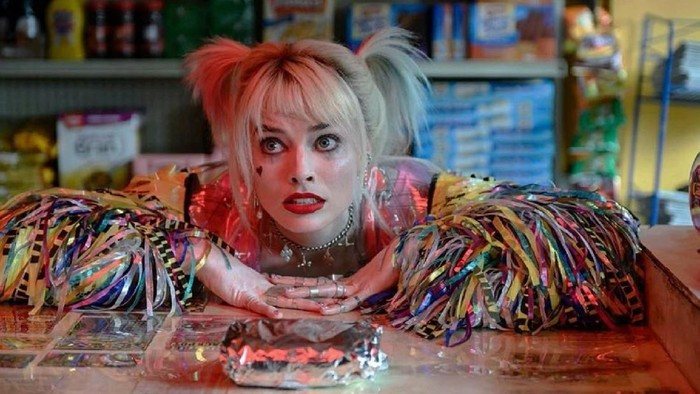 Penampilan Margot Robbie di film Bird Of Prey.