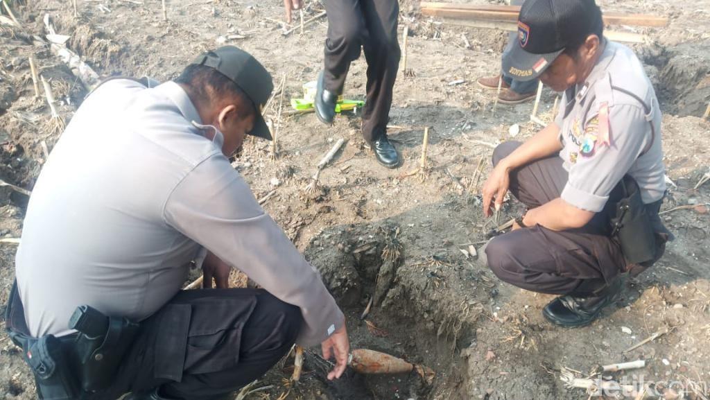 Penampakan Mortir yang Ditemukan Warga Pasuruan