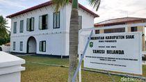 Mengunjungi Bangunan Cagar Budaya di Siak Riau