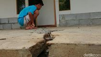 Fenomena Tanah Bergerak di Trenggalek Rusak Sekolah hingga Masjid