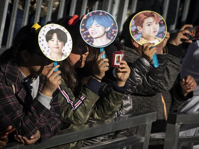 NEW YORK, NY - MAY 15: Fans wait for K-Pop group BTS to take the stage in Central Park, May 15, 2019 in New York City. Fans waited in line for days to see the group perform as part of ABCs Good Morning America summer concert series. (Photo by Drew Angerer/Getty Images)