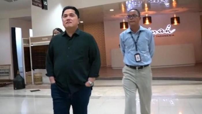 Menteri BUMN Erick Thohir menyatakan mau merombak pusat perbelanjaan Sarinah. Hal ini dikatakan Erick saat berkunjung langsung ke Sarinah.