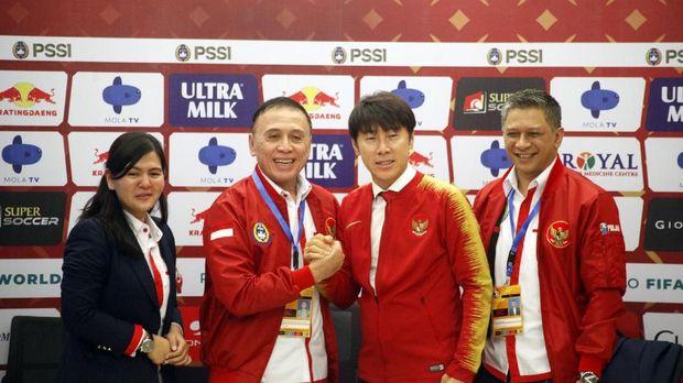 Shin Tae Yong diminta adaptasi dengan cepat terhadap pemain-pemain Indonesia.