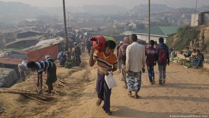 HIV dan Penyakit Menular Seksual Mewabah di Kamp Pengungsi Rohingya
