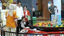 Libur Akhir Pekan, Jokowi Momong Jan Ethes ke Trans Studio Mini Solo