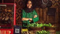 Di Resto Ini Bisa Kulineran Sambil Jalan-jalan Pakai Skuter Listrik