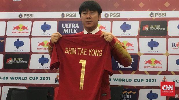 Shin Tae Yong resmi menjadi pelatih Timnas Indonesia. (